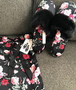 NEW NWT Victoria's Secret Black & Red Floral Slippers Faux Fur With Satin Bag Lg