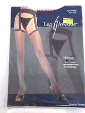Plus Size Women's Red Fishnet Garterbelt Stockings Leg Avenue Costume Halloween