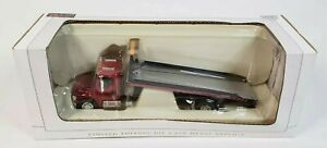 Freightliner M2 Case IH Rollback Car Carrier Transport Truck By SpecCast 1/64