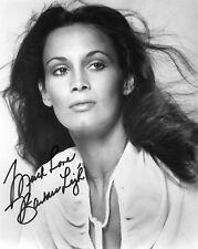 Barbara Leigh signed beautiful 8x10 photo / autograph