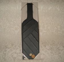 Kohls Metal Wine Bottle Shape Cork Holder Collector Display Art Wall Mount Case