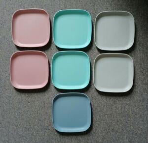 """Lot of 7 Vintage Tupperware 8"""" Square Luncheon or Snack Plates"""