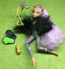 Monster High - Ghouls Rule Clawdeen Wolf in Halloween Costume - 2012 Mattel