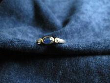 eleganter Damenring ° 333er Gold ° 1 Saphir ° 2 Zirkonia? Gr. 60 Ring Schmuck