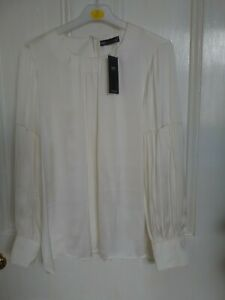 Marks and Spencer Ladies Ivory Long Sleeves Blouse size 16 New