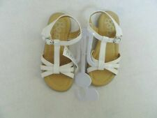 New Youth Girls Size 5 The Childrens Place White Sandals