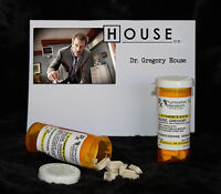 """TV SERIES HOUSE MD EXACT REPLICA COLLECTOR PROP """"GREGORY HOUSE"""" VICODIN  BOTTLE"""