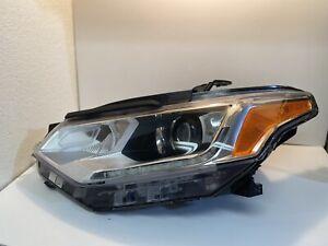 OEM Left Genuine Xenon Headlight Headlamp Chevy Traverse 2018-19
