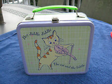 Hey Diddle DiddleThe Cat And The Fiddle & Hickory Dickory Dock Metal Lunch Box