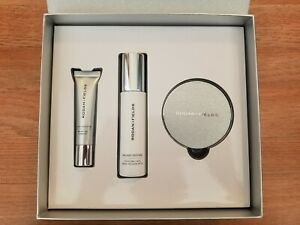 Rodan and Fields Shine Bright Gift Set, NEW SEALED, Golden 4, Expired 09/20