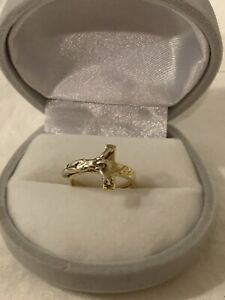 Vintage Two Toned 14k Yellow White Gold Crucifix Wrap Around Ring