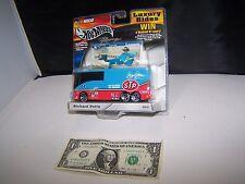 Hot Wheels Luxury Rides Custom Motor Coach 1:50 - STP Richard Petty - 2002  #2