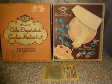 Vintage Wecolite deluxe Cake Decorator and Cookie Maker Set #5026 in Box USA