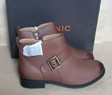 Vionic Logan Orthotic Leather Ankle Boots, UK 5.5