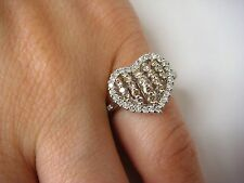 ! GORGEOUS 18K GOLD HEART SHAPED WHITE AND CHAMPAGNE DIAMOND LADIES RING, 3.8 GR