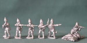 6 x 28 mm Zulu War / Colonial - Troopers + 1 x Dead Horse by Wargames Foundry .
