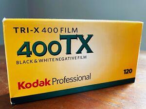 KODAK, 120MM, TRI-X 400ISO, BLACK AND WHITE, EXPIRY 04-05/2020 - PACK OF 5