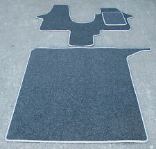 Car Mats in Anthracite/Silver to fit Volkswagen/VW T5 Torbay Fusion