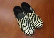 Dansko Professional Tiger Stripe Patent Leather Womens Clogs 39