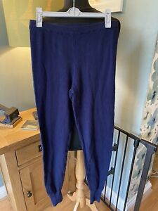 Soft navy knit leggings with cuffed ankles, ideal for lounging