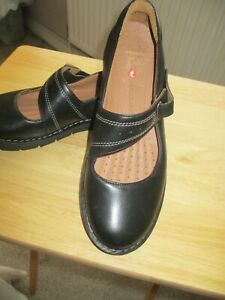 CLARKS black leather artisan unstructured sarah jane velco shoes size 6D