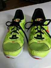 Under Amour Tennis Shoes size Youth 4.5  in good condition.