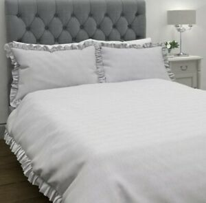 NEW Laura Ashley Abigail Silver Striped Single Duvet Bed set With Pillowcase
