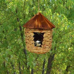 Large Hanging Grass Birdhouse with Roof