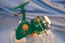 OLD VINTAGE ROD REEL GREEN PENN 712 SPINFISHER SPINNING REEL COLLECTIBLE LURE