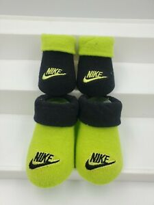 2 Pair Nike Baby Boys Booties, Size 0-6 Months, Black, Green, Shower Gift, B23 M