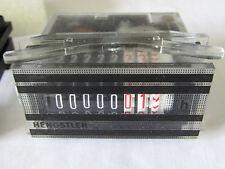 Hengstler Pannello Mount Contatore Ore connessione a vite a 7 cifre 115 VAC O2/R1 260066