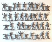 """Lot of 37 Brown Tan US Army Men Confederate Plastic Toy Soldier Figures 2"""""""