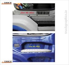 Perdere le scarpe-Side Step Decalcomania Sticker Emblema SCANIA VOLVO DAF VOLVO