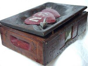 Vintage Folk Art Sweethearts Box w/ Hand Carved Top
