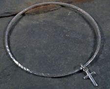 STERLING SILVER CROSS CRUCIFIX CHARM - SQUARE HAMMERED BANGLE 925