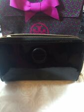 9d36b5050aead NWT Tory Burch Poppy Black Patent Logo Continental Zip Around Wallet  90009171