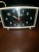 Vintage Lux Electric Alarm Clock By Robertshaw Control Co.CAT 5001-03 with Box