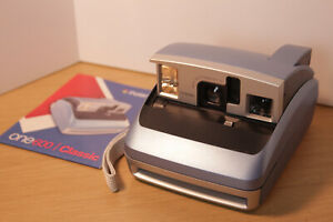 Poloroid Instant Camera Blue One600 with instructions (film not included)