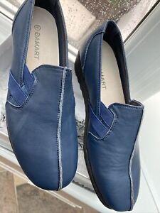 New Damart Moccasin  Slip On Indigo Shoes Size 7    in box