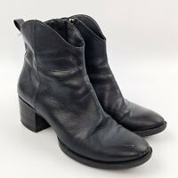 CLARKS Womens Movie Act Black Leather Ankle Boots Booties Western  Sz 7.5 M