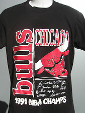 vtg Chicago Bulls 1991 NBA Champs black t shirt size Medium facsimile auto by 12