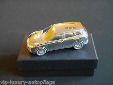 PORSCHE CAYENNE TURBO modello di auto in metallo cromo semplicemente un must per l'ufficio