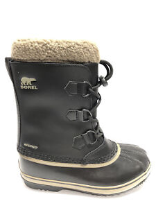 Sorel Kids' Yoot Pac, Caribou Waterproof Winter Boots-Black, Boys' Size 5M.