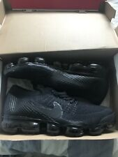 Nike Air Vapormax Flyknit Trainers Mens UK 10 Triple Black.