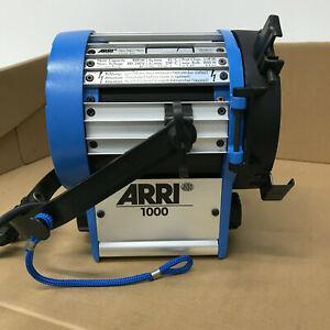 Arri 1000w Tungsten Fresnel Spotlight - Mint - Complete with Barn Doors 2x Bulbs