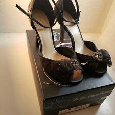 Disney Glass Slipper Collection  Black Bow Heels Rhinestone Shoes Size 7