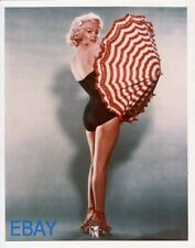 Marilyn Monroe sexy leggy w/umbrella RARE Color Photo
