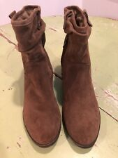 Super Cute Bass Mercy Brown Suede Boots Booties Size 10M