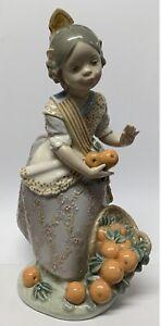 Vintage Lladro Figurine 'Miss Valencia Girl With Oranges' #1422