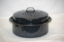Old Vintage Black Graniteware Round Roaster Roasting Pan w Lid Kitchen Tool Decr